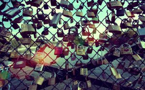 Lockers-Pont-des-Arts1